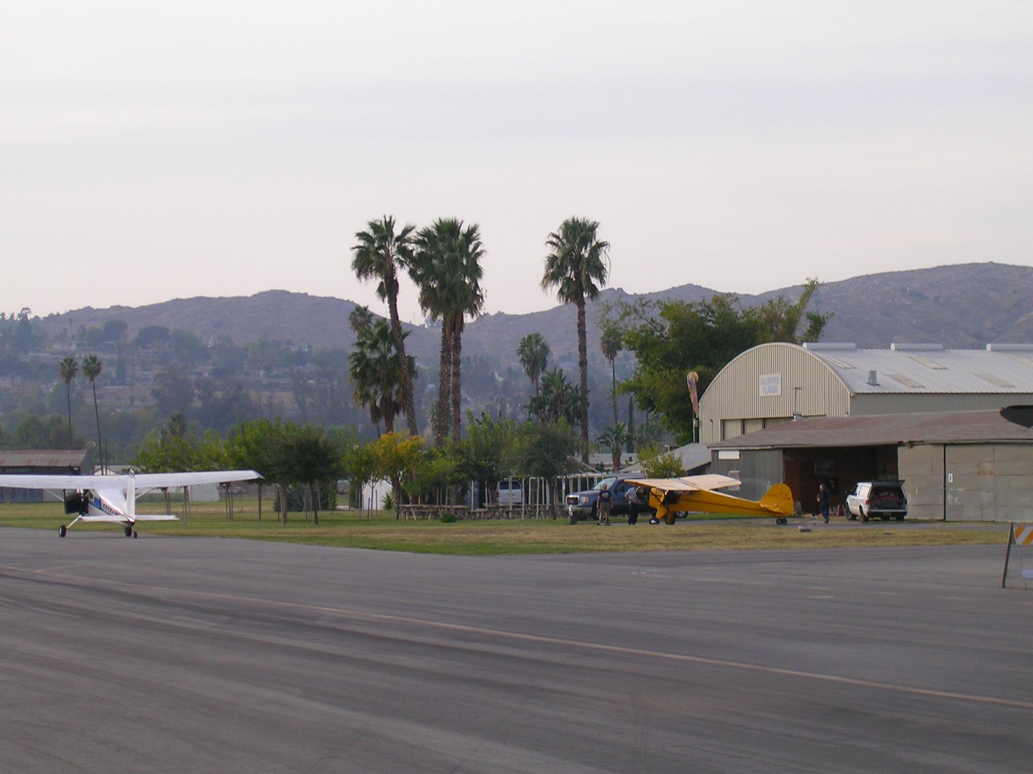Flabob EAA hangar