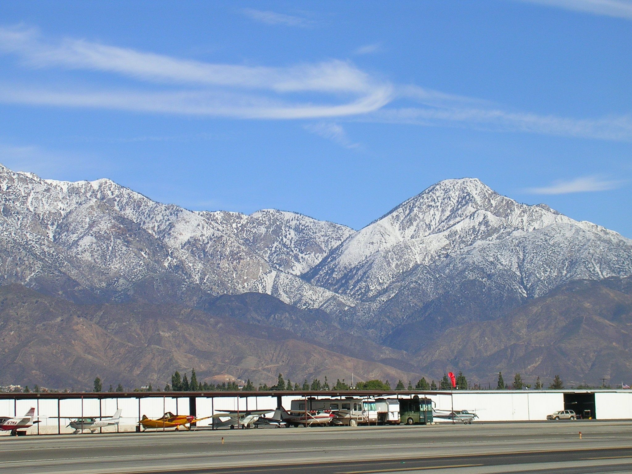 The San Gabriels behind Cable